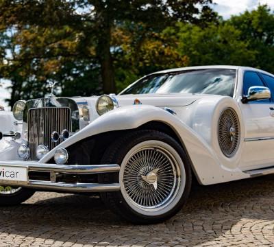 Automobil na svatbu