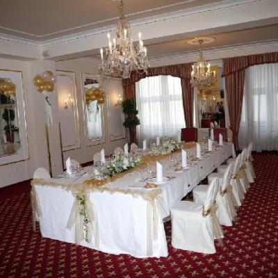 svatební hostina v hotelu Ambassador - Zlatá Husa s r.o.