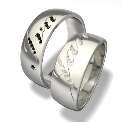 - ručně vyráběné prsteny s diamanty