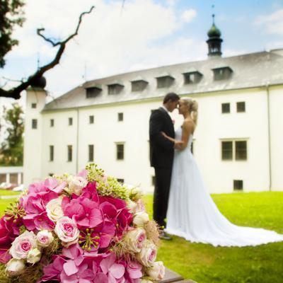 svatba-zamecky-hotel-trest-20170530083744